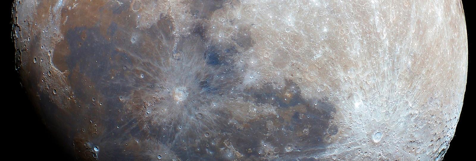 Un pedazo de luna....