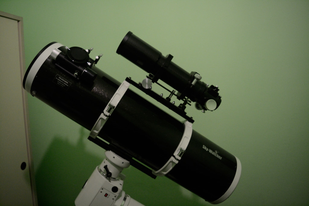 SkyWatcher 200/1000 + United Optics 80ED