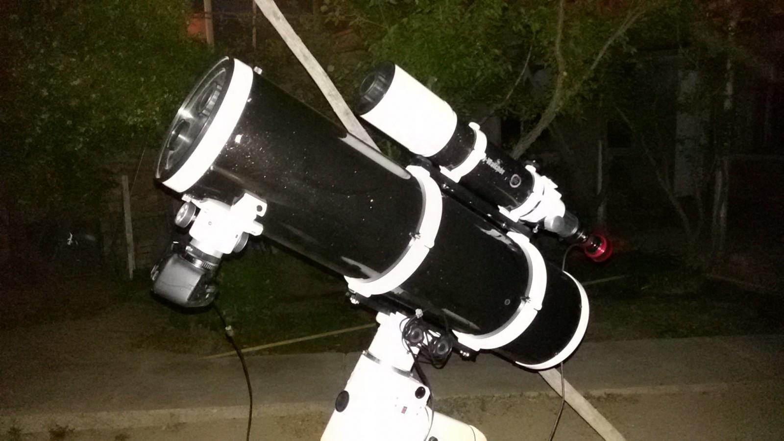 Telescopio Sky Watcher Explorer 200P + Sky Watcher Evostar 80ED