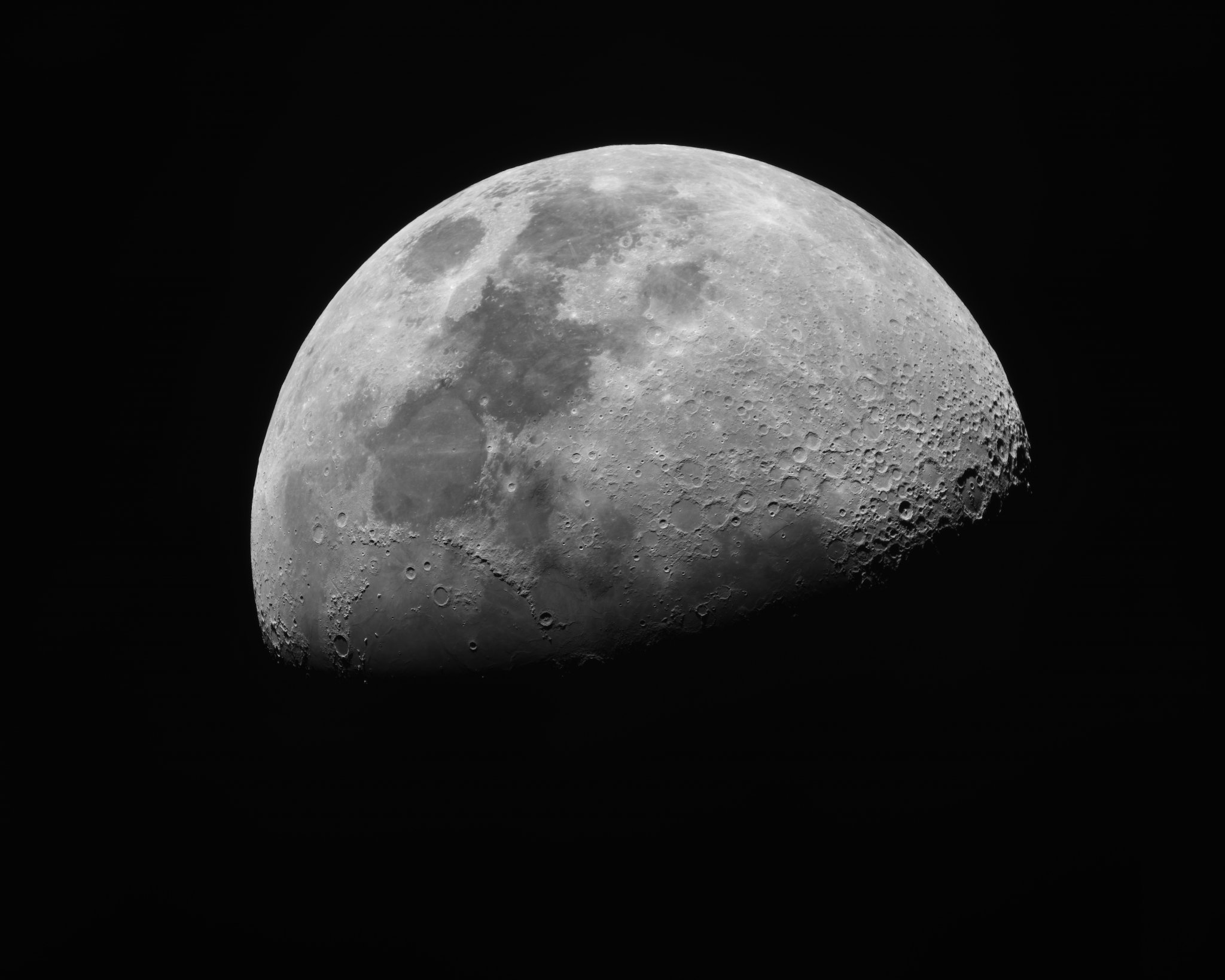 Luna con el Mak 150