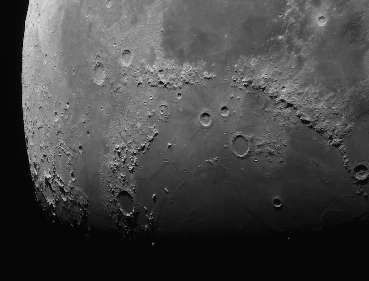 Zoom de la luna con el Mak 150